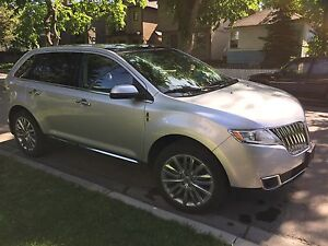 Lincoln MKX 2011 AWD  fully loaded