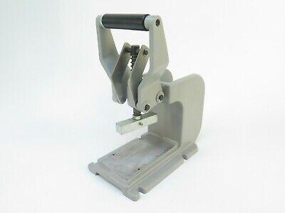 Manual Bench Top Press