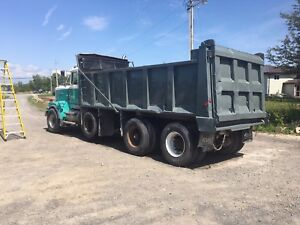 1989 western star tri axle dump truck