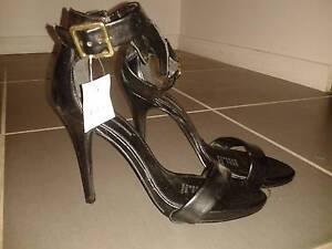 Black heels Cairns Cairns City Preview