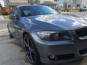 2009 Bmw 328i super low kms with 2 sets of rims and tires