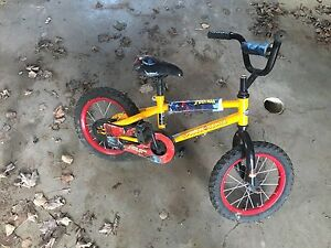 Spider man bicycle 12""