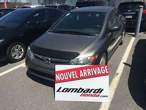 Honda Civic Sdn 4 portes, boîte automatique, DX-G