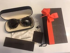 Authentic Louis Vuitton leopard print sunglasses brand new Earlwood Canterbury Area Preview