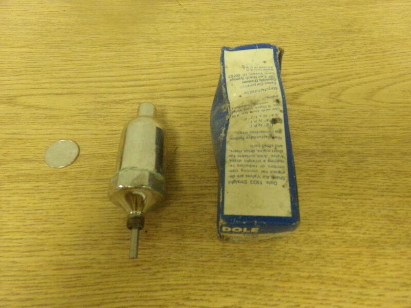 "NEW Dole 1933 Air Valve Straight Shank 1/8"" M Eaton Controls *FREE SHIPPING*"