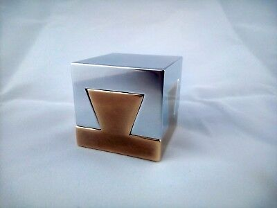 Impossible Dovetail Cube(hiding place)