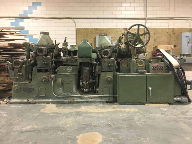 Mattison Moulder 226 and Grinders