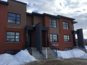 new town house for rent in vaudreuil dorion
