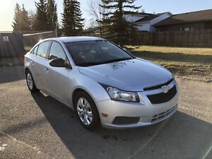 2012 Chevrolet Cruze *LOW MILEAGE*