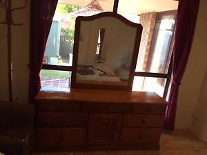 Dresser with Mirror Eight Mile Plains Brisbane South West Preview