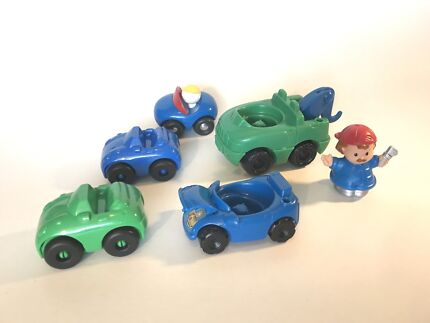 Little People cars and tow truck