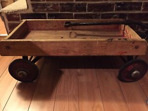Wagon rouge vintage années 40 / Vintage Red Wagon 1940s