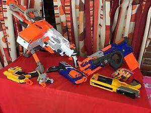 Bulk lot of nerf guns