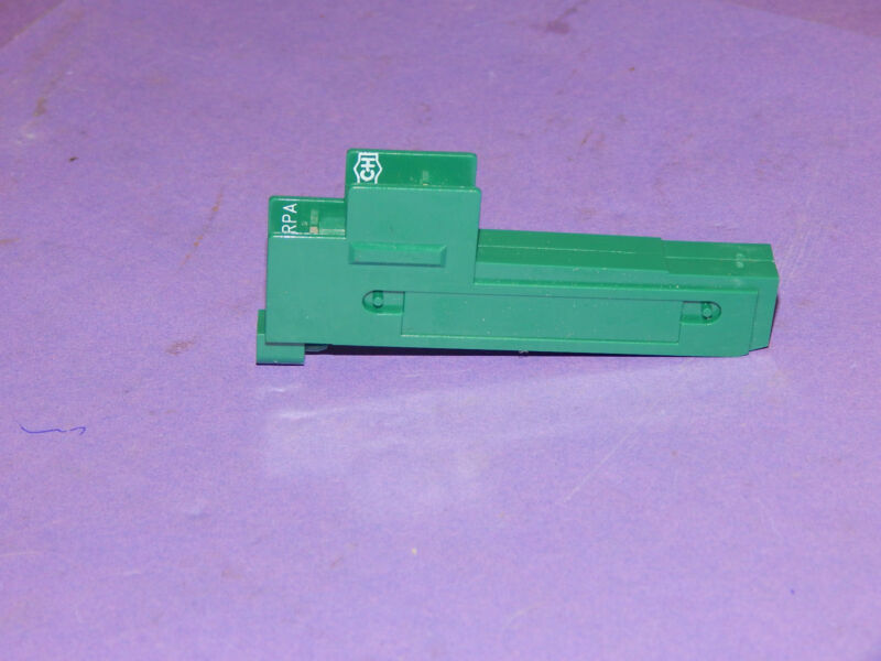 Cutler Hammer D40RPA Reed Relay