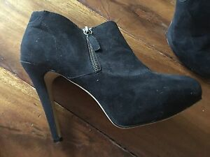 Betts ankle high heel boots for sale Newcastle Newcastle Area Preview