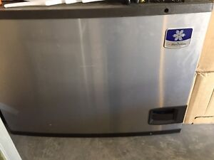 New ice maker/fountain machine for sale