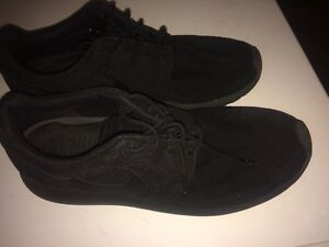 3  PAIRS OF NIKE SHOES FOR SALE