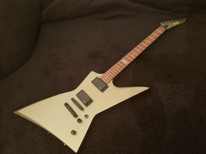 ESP LTD EX-260 RARE in titanium with Ritter Case, electric guitar EMG
