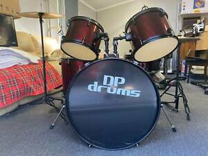 5 Piece DP Drum Kit Full Size Complete Set Cymbals.