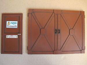 Tür Hallentor Garage Tor für Werkstatt Tankstelle Diorama Deko Zubehör 1/18