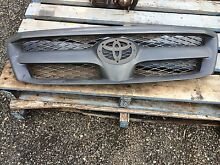 Toyota Hilux 2006 front grill Windsor Downs Hawkesbury Area Preview