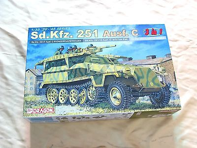 Dragon 6224 1/35 Sd.Kfz.251 Ausf.C 3 in 1