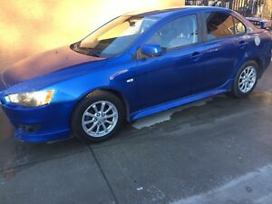 Selling 2011 lancer se low km