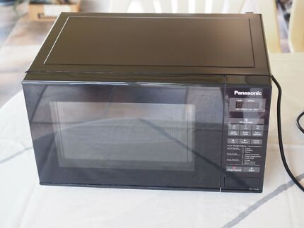 Panasonic Microwave Oven in excellent condition