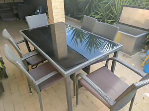 6 seater wicker/glass outdoor table set Ridgewood Wanneroo Area Preview