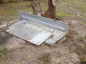 about 30 sheets of roofing iron Chambers Flat Logan Area Preview