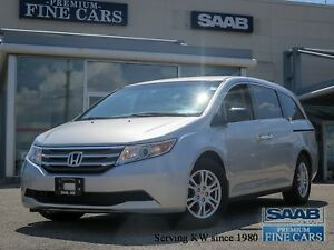 2011 Honda Odyssey DVD ENTERTAINMENT / Power Sliding Doors