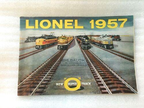 ORIGINAL LIONEL POSTWAR 1957 CONSUMER TRAIN CATALOG IN EXCELLENT CONDITION