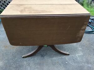 """Duncan Phyfe table. 38Lx24Wx30.  Each leaf is 16"""""""