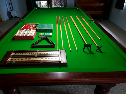Stunning Billiard Table & All Accessories