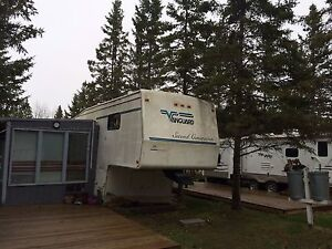 Ready to go! 5TH Wheel on leased lot at Sunnyside l