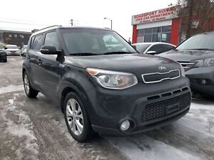 2015 Kia Soul EX, one owner, low kilometers, clean carfax