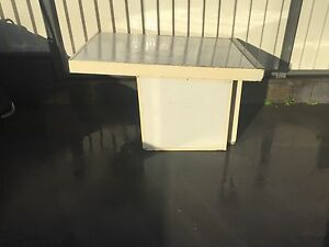 Large dog kennel Medowie Port Stephens Area Preview