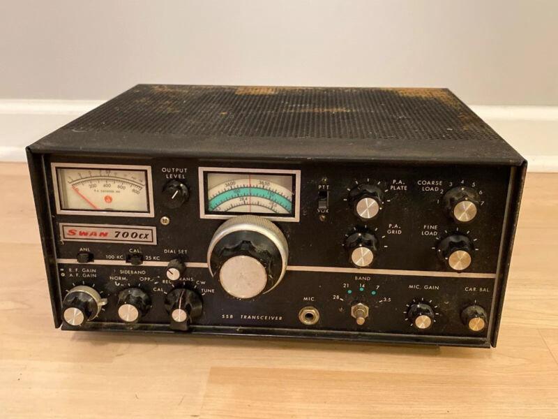 Vintage Swan 700CX Ham Radio Transceiver Rare (Untested)