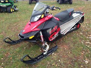 2011 Ski-Doo Renegade Adrenaline Rotax E-TEC 800R