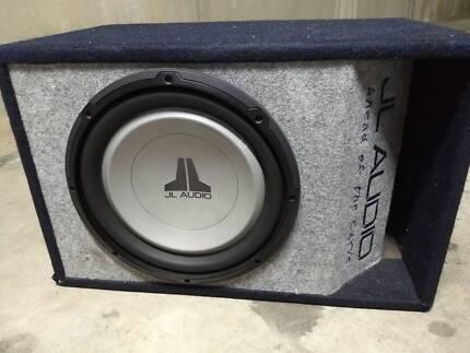on 12 inch jl audio w0 origanl