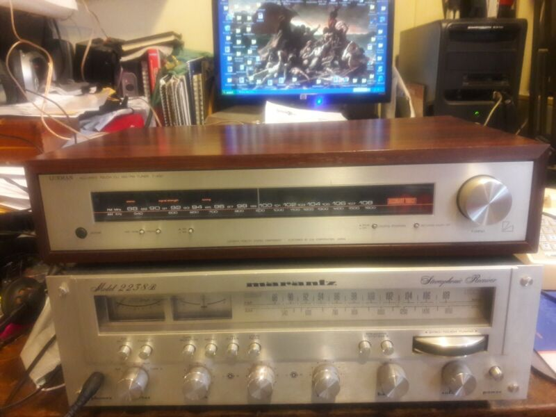 Luxman T-450 Tuner Very Nice Condition. Works Well.