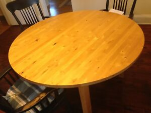 Bass River Kitchen Table