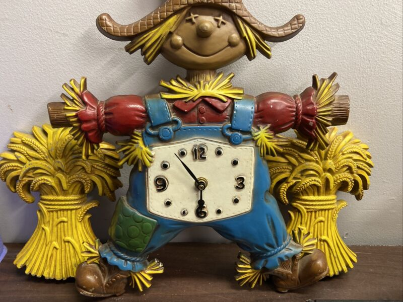 """1970 Vintage Sexton 16.5"""" Cast Iron Scarecrow Wall Clock With 2 Haystacks Works!"""