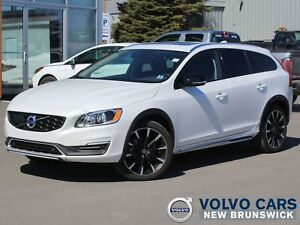 2018 Volvo V60 Cross Country T5 Premier AWD | FULL VOLVO WARR...