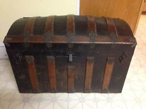 """Antique Dome Top Trunk. 34"""" x 18.5"""" x 24"""""""