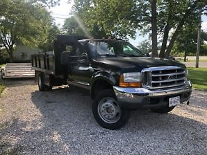 1999 F550 7.3L Diesel Flatbed With Removable Sides