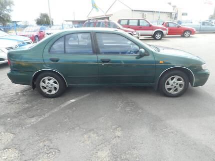 1998 Nissan Pulsar Sedan