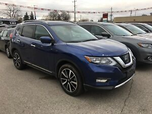 Fully Featured 2017 Nissan Rogue SL
