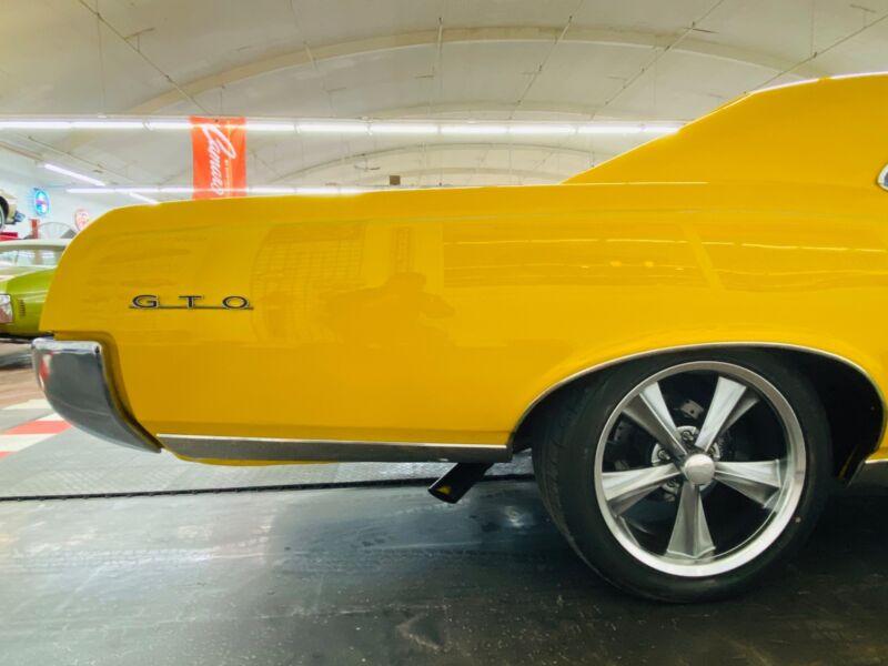 Image 24 Voiture Américaine de collection Pontiac GTO 1967
