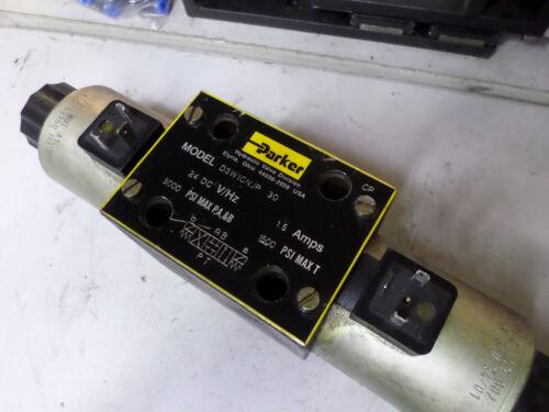 PARKER DIRECTIONAL CONTROL VALVE - 3 POSITION SPRING CENTRE 24DC Coil - D3W1CNJP